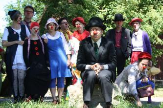 Zühlke Bruno  Fortbildung Clown zielt darauf, allen Interessenten einen vertieften Einblick in die Welt der Clowns zu geben. Start ist April 2021.  Clownworkshops Clownschulen