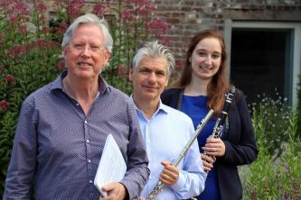 3 klassisch ausgebildete Musiker aus NL mit Neigung zu Ausflügen in die Rockmusik und großem ...